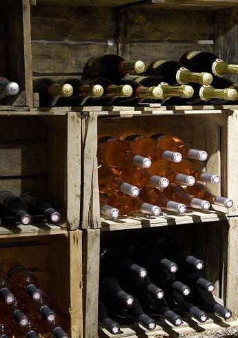 un-coin-de-jardin-briand-boutique-la-cave-vins-du–vaucluse